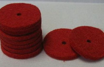 Spool pin felts, red color 100 to the package.