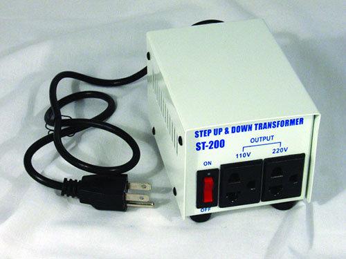 MOTOR VOLTAGE TRANSFORMER 200 Watt