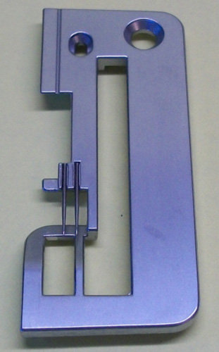 NEEDLE PLATE SERGER Brother 3034D 4234D